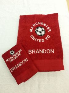 PERSONALISED MANCHESTER UNITED FC TOWEL SET - FOOTBALL
